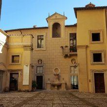 Cortile di Palazzo Vecchiarelli